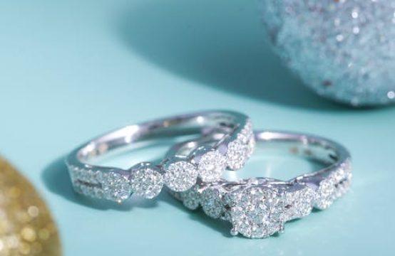 חנות יהלומים מצליחה בבורסה ברמת גן למכירה