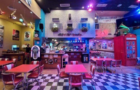 מסעדת דיינר ובר פנקייקים למכירה באזור המרכז
